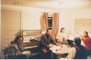 The next night we prepared a meal in Tom's kitchen to remember him.  From L:  Mike Fiedler, Jason Wild, Hannah B. Wild,  their son Jacob, Bob Struckman (with back to camera) and Penny.