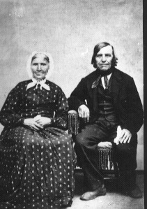 Berit and Einar Bonde, parents of Tosten Bonde, who settled in Nerstrand, Minnesota, along with his wife Ingabor.  They were parents of my grandpa Carl T.